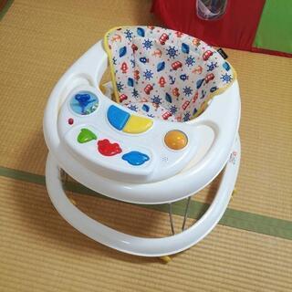 【西松屋】折り畳める歩行器