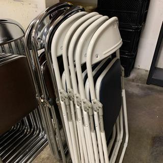 8脚セット!美品 折り畳み パイプイス 椅子 事務用の画像