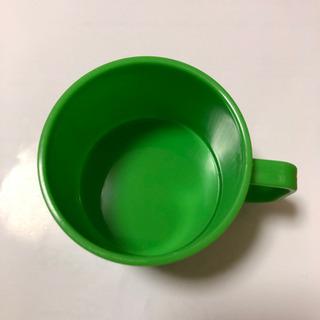 緑のミニカップ