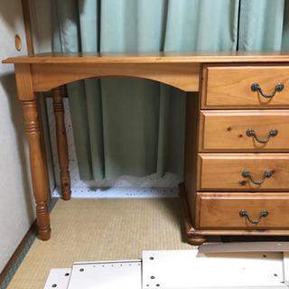 ディノスで購入欧州家具 テーブルと椅子のセット