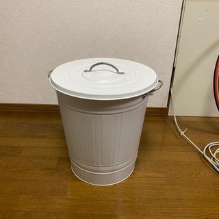 ふたつきゴミ箱【取りにきてくださる方限定】