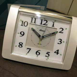 未使用 目覚まし時計 ライト付 コチコチ音がしない