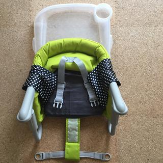 イングリッシーナ 子供用椅子 トレー カバー付 − 愛知県