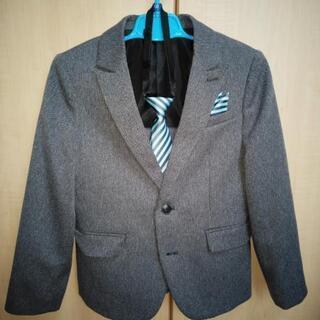 男子スーツ 130cm 美品