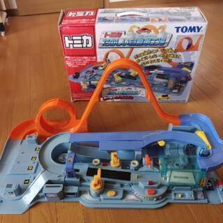 【中古】トミカたのしい自動車工場