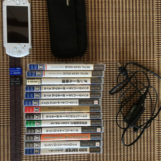 PSP3000プレイステーション・ポータブル、ゲームソフト付き