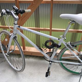 ホワイトandグリーン クロスバイク