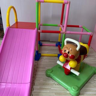 室内遊具2点 滑り台とゆらゆらロッキングアンパンマン