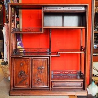 飾り棚 木製 収納棚 茶箪笥 たんす 木彫 コレクション棚