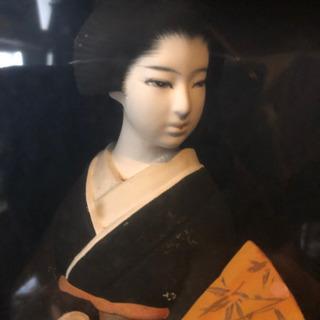 綺麗なお顔の博多人形!