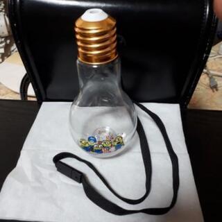 ミニオンズの電球型ボトル
