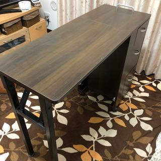 エトゥベラ折りたたみネイルテーブル中古ブラウン