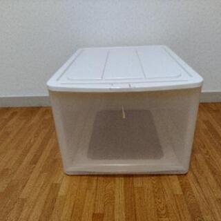 プラスチックケース 在庫4個