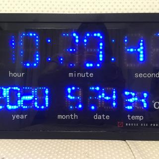 デジタル掛け時計(ジャンク)