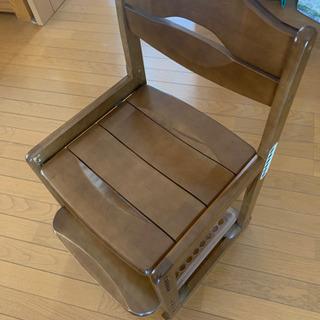 チトセの学習椅子