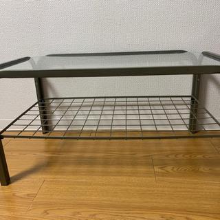 ワンコインで譲ります!ガラス製 ローテーブル 1人暮らしに最適!