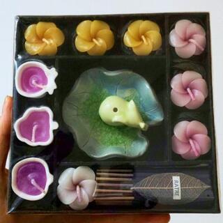 【未開封】タイ土産♥️小さなお花とお香のキャンドルセット