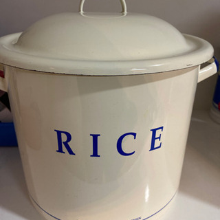 アフタヌーンティーの 米びつ