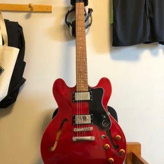 セミアコ エレキギター