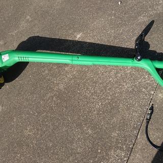 電動草刈り機