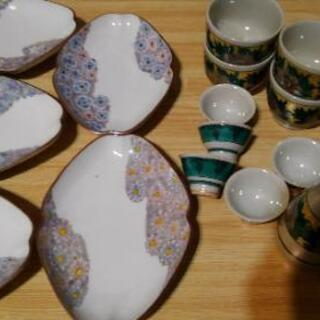 [骨董品] よくわからない陶器いっぱい