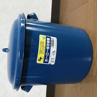 ホーロー保存容器3