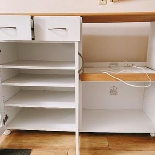 食器棚白 キッチンカウンター 5/29AMまで