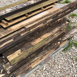木 ウッドデッキ 廃材 木材チップにいかがですか?
