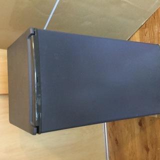 サンヨー小型 冷蔵庫 75L 一人用  無料