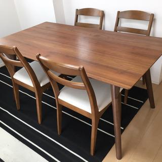 4人掛けテーブル