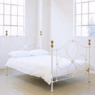 【ローラアシュレイ】ダブルサイズベッドフレーム白【姫ベッド】