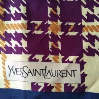 絹100%   サンローラン  スカーフ