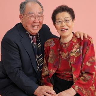 金婚、銀婚お祝いに♪神戸でご夫婦のお写真を撮るなら三宮写真室で☆
