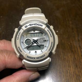 G-SHOCK 品番3750 ホワイト 中古