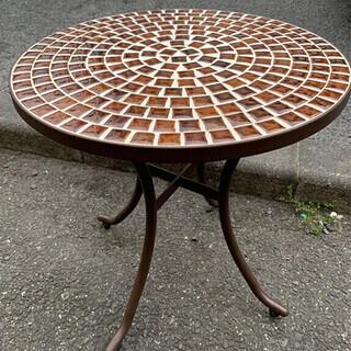 可愛いデザイン 丸いテーブル★T51
