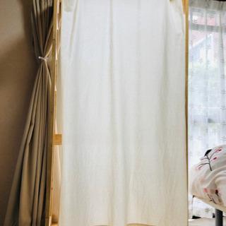 【値下げ】天然パイン材 カーテン付ハンガーラック 76cm幅
