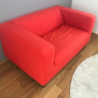 2人掛け✩*.゚赤よりの朱色のソファ