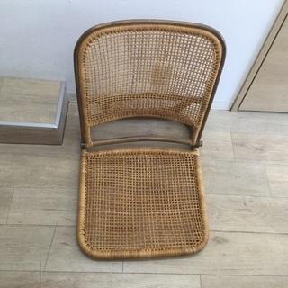 藤の座椅子