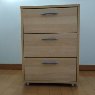 木製三段棚