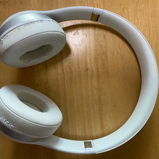 Beats Solo2 ヘッドフォン