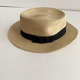 シンプルなカンカン帽
