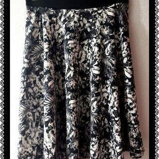 ♡総花柄のスカート♡