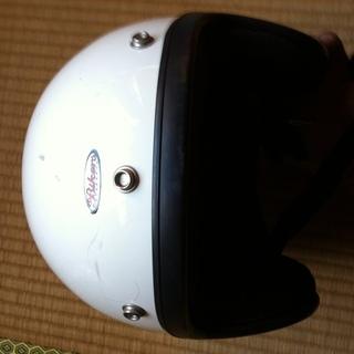 ジェットヘルメット、白、フレーアタイプの柄入り