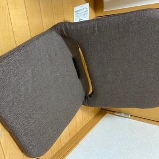 ニトリ  座椅子 コンパクト収納座椅子