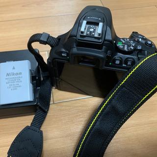 Nikon ニコン D5600 ダブルズームキット カバン・保護備品付