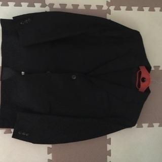 男の子のスーツの画像