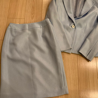 レディース   スーツ上下 (*´꒳`*)9号