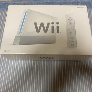 【取引中】Wii シロ 【初期化済】+ソフト、付属品いろいろ