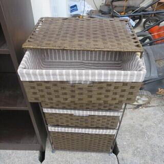 布製の引き出し棚 別館倉庫場所浦添市安波茶で保管