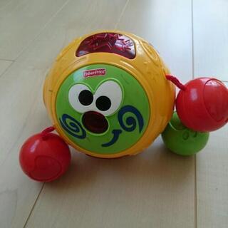 ハイハイ赤ちゃんのおもちゃ